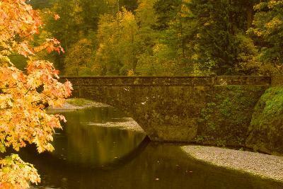 Stone Bridge-Ike Leahy-Photo