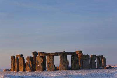 Stonehenge, Wiltshire, England-Peter Adams-Photographic Print
