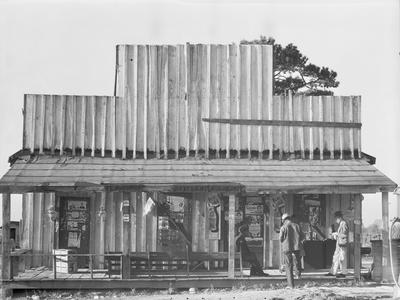 https://imgc.artprintimages.com/img/print/store-with-a-false-front-in-the-vicinity-of-selma-alabama-1936_u-l-q1by8bd0.jpg?p=0