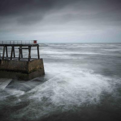 Storm Brewing-Doug Chinnery-Photographic Print