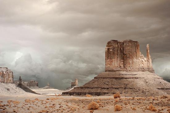 storm-over-monument-valley-az