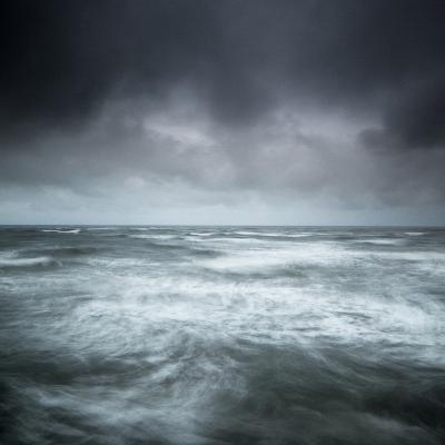 Storm Rising-Doug Chinnery-Photographic Print