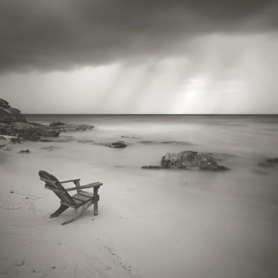 https://imgc.artprintimages.com/img/print/storm_u-l-f308420.jpg?artPerspective=n
