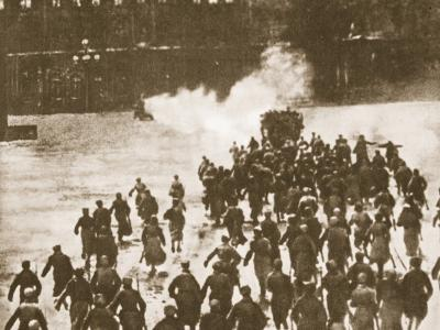 Storming of the Winter Palace, Petrograd, 1917--Photographic Print