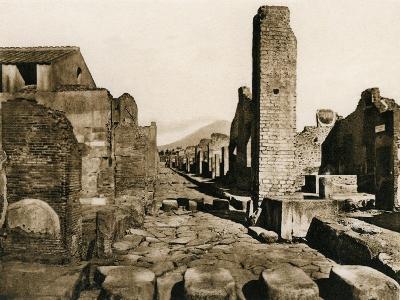 Strada Stabiana, Pompeii, Italy, C1900s--Giclee Print