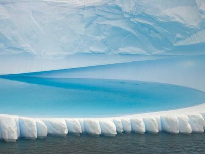 Stranded Iceberg in Shallow Bay Near Boothe Island-John Eastcott & Yva Momatiuk-Photographic Print