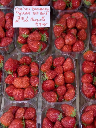 Strawberries at Market, Sarlat, Dordogne, France-Doug Pearson-Photographic Print