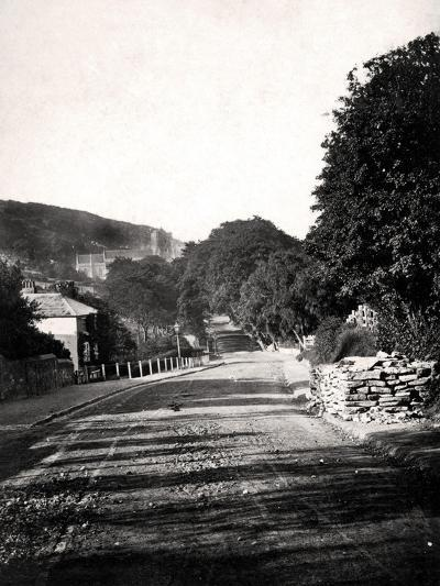 Street Through a Valley in Hastings, Sussex, Early 20th Century--Giclee Print