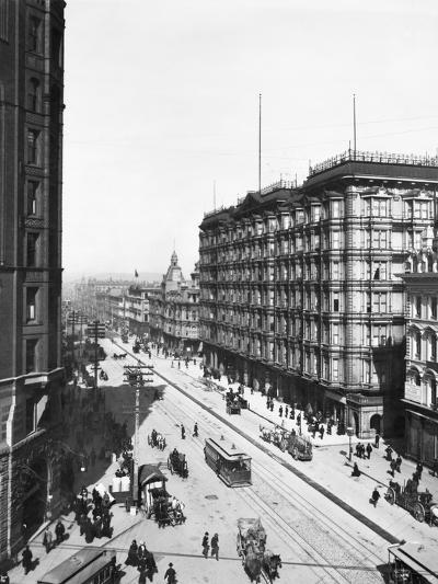 Streetcars in Front of Palace Hotel--Photographic Print
