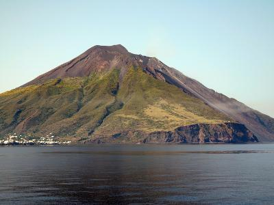 Stromboli Volcano, Aeolian Islands, Mediterranean Sea, Italy-Stocktrek Images-Photographic Print