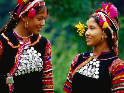 Vietnam's Ethnic Ha Nhi Co Cho (Hanhi) are Distant Cousins of Akha of Thailand, Laos and Myanmar
