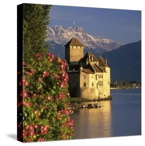 Chateau De Chillon Castle On Lake Geneva Veytaux Vaud Canton Switzerland