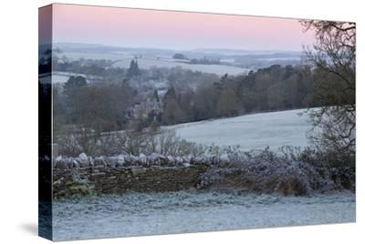 Cotswold Landscape on Frosty Morning, Stow-On-The-Wold, Gloucestershire, Cotswolds, England, UK