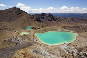 Emerald Lakes on the Tongariro Alpine Crossing by Stuart