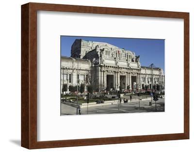 The Facade of Milan Central Railway Station (Milano Centrale)