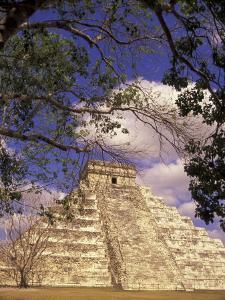 Chichen Itza, El Castillo Pyramid, Yucatan Peninsula, Mexico by Stuart Westmoreland