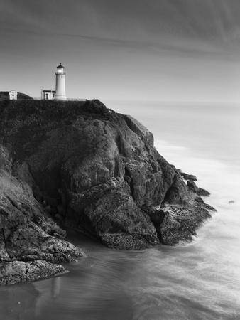 North Head Lighthouse on Cliff, Fort Canby State Park, Washington, USA