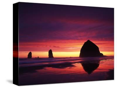View of Haystack Rock on Cannon Beach at Sunset, Oregon, USA