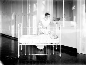 Student Nurse and Patient, ca. 1913