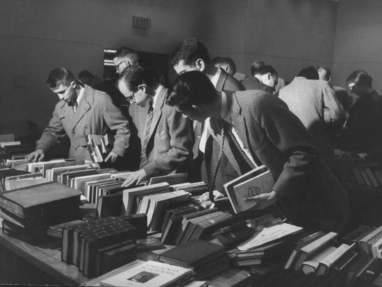 Students Buying Books at a Sale at Harvard University-Dmitri Kessel-Photographic Print