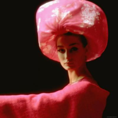 Studio Picture of Model clothing by Pierre Cardin for His 1962 Collection-Paul Schutzer-Photographic Print