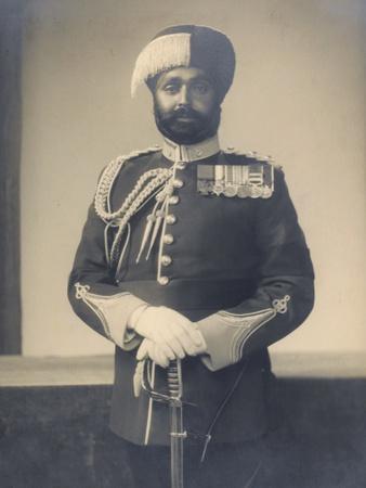 https://imgc.artprintimages.com/img/print/subadar-major-ishar-singh-bahadur-vc-obi-4th-battalion-15th-punjab-regiment-1936-37_u-l-pjjgth0.jpg?p=0