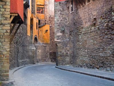 Subterranean Street with Houses Built Above, Guanajuato, Mexico-Julie Eggers-Photographic Print