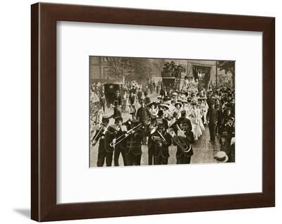 Suffragette 'martyrs' released from prison, 1908-Central News-Framed Photographic Print