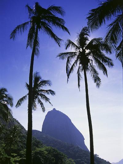 Sugar Loaf Mountain, Rio de Janeiro, Brazil--Photographic Print