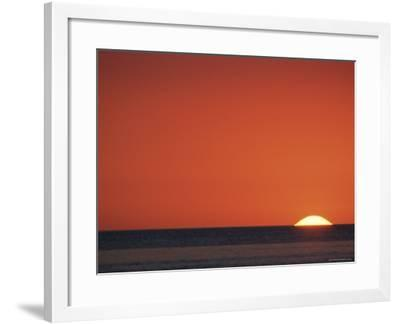 Sun Setting Over Gulf of Mexico, Florida, USA-Rolf Nussbaumer-Framed Photographic Print