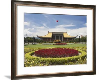 Sun Yat Sen Memorial Hall, Taipei, Taiwan, Asia-Ian Trower-Framed Photographic Print