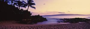 Sundown on North Shore, Oahu, Hawaii, USA