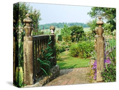 View to Enclosed Garden & Countryside Somerset Lodge