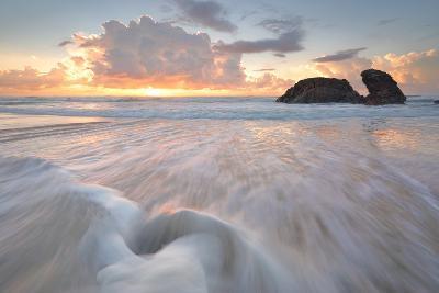 Sunrise and Ocean Flows at Watonga Rocks-lovleah-Photographic Print