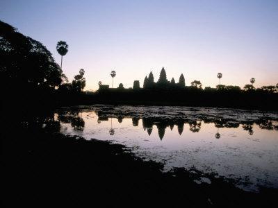 https://imgc.artprintimages.com/img/print/sunrise-angkor-wat-angkor-unesco-world-heritage-site-siem-reap-cambodia_u-l-p1slsv0.jpg?p=0