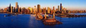 Sunrise at Navy Pier, Lake Michigan, Chicago, Cook County, Illinois, USA