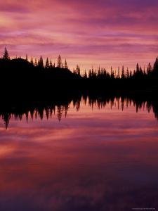 Sunrise at Reflection Lake, Mt. Rainier National Park, Washington, USA