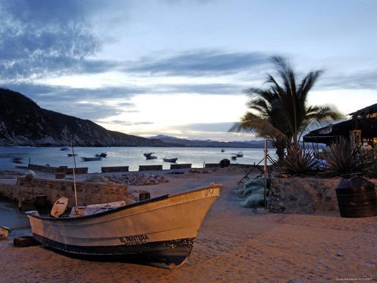 Sunrise at Tehuamixtle Beach-Dan Gair-Photographic Print