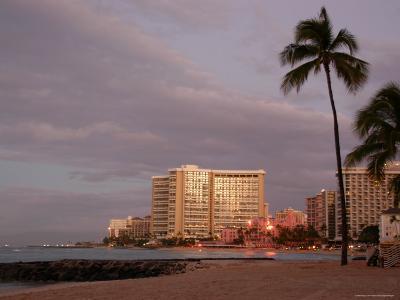 Sunrise at Waikiki Beach, Hawaii-Stacy Gold-Photographic Print
