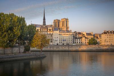 Sunrise over Cathedral Notre Dame and Ile De La Cite, Paris, France-Brian Jannsen-Photographic Print