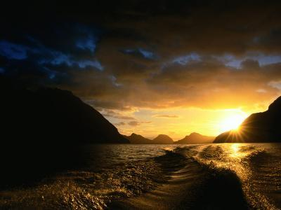 Sunrise Over Lake Manapouri, Fiordland National Park, Southland, New Zealand-Gareth McCormack-Photographic Print