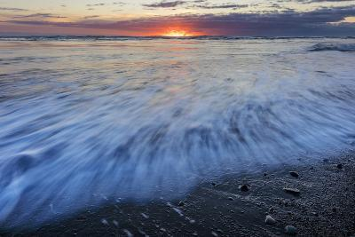 Sunrise over the North Atlantic Ocean at Jokulsarlon, Iceland-Chuck Haney-Photographic Print