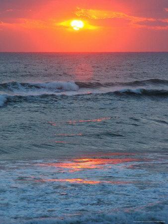 https://imgc.artprintimages.com/img/print/sunrise-silver-sands-canaveral-national-seashore-florida_u-l-p5bfa00.jpg?p=0
