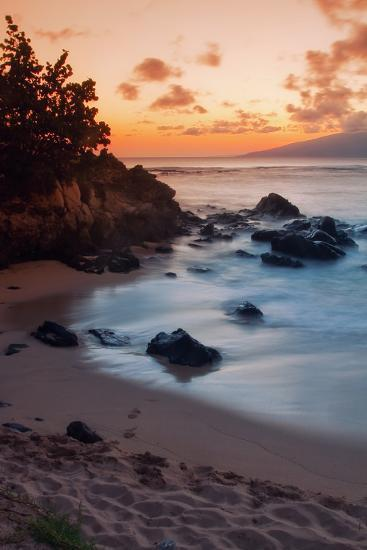 Sunset at Kapalua, Maui-Vincent James-Photographic Print