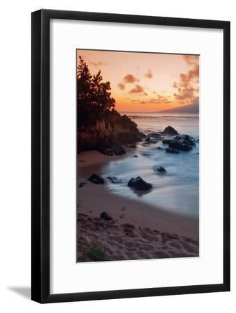 Sunset at Kapalua, Maui-Vincent James-Framed Photographic Print