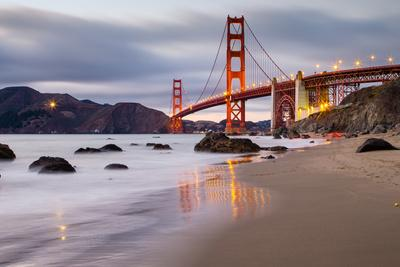 https://imgc.artprintimages.com/img/print/sunset-at-marshall-beach-golden-gate-bridge-san-francisco-california_u-l-pt67i70.jpg?p=0