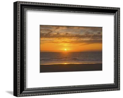 Sunset, Heceta Beach, Oregon Coast, Pacific Ocean, Oregon, USA.-Michel Hersen-Framed Photographic Print
