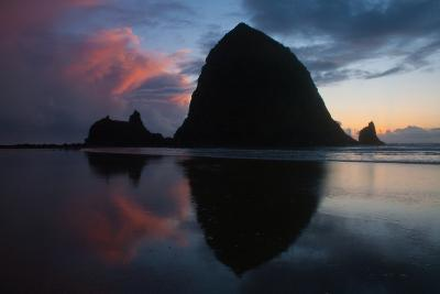 Sunset in Cannon Beach, Oregon-Vickie Lewis-Photographic Print