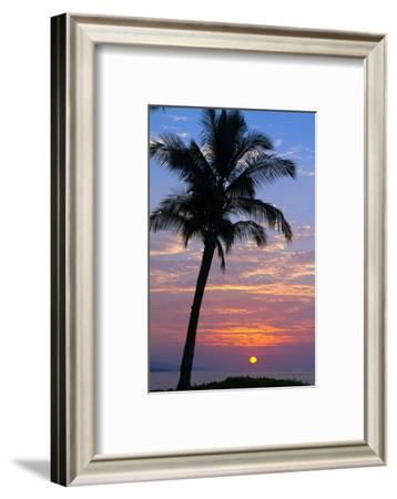 Sunset in Paradise, Makena, Maui, Hawaii-Ron Dahlquist-Framed Photographic Print