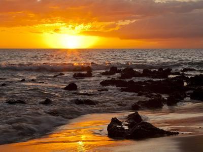 Sunset, Kihei, Maui, Hawaii, USA-Cathy & Gordon Illg-Photographic Print